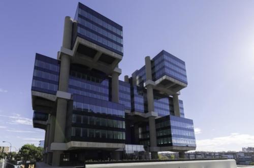 edificio-los-cubos-m30